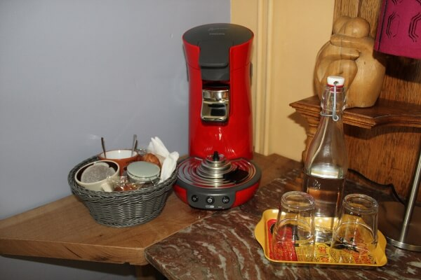 Coffee_Maker_in_Room